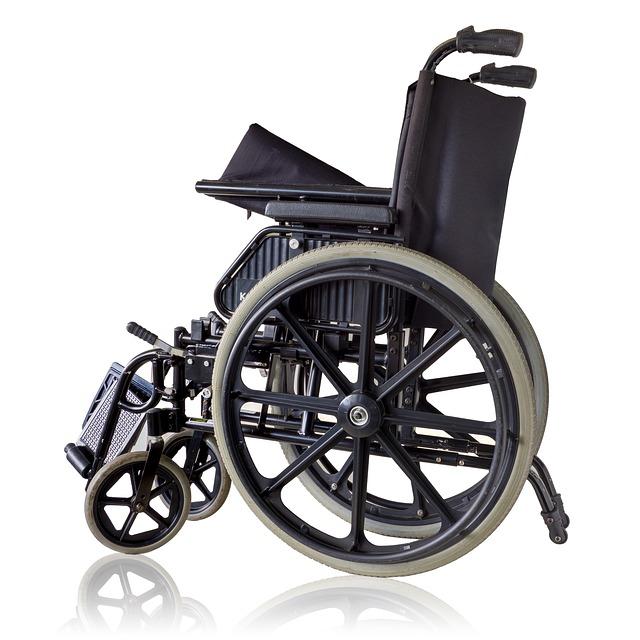 Différence entre un fauteuil roulant électrique classique et un fauteuil roulant électrique pour sportif