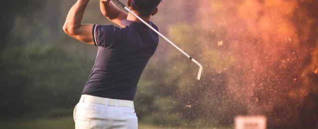 S'entraîner efficacement grâce à un simulateur de golf